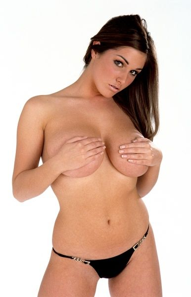 Lucy Pinder pin-up indoors