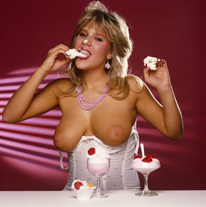 Samantha Fox with cream cakes